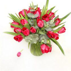 Abonament floral lunar 25 lalele și Eucalipt